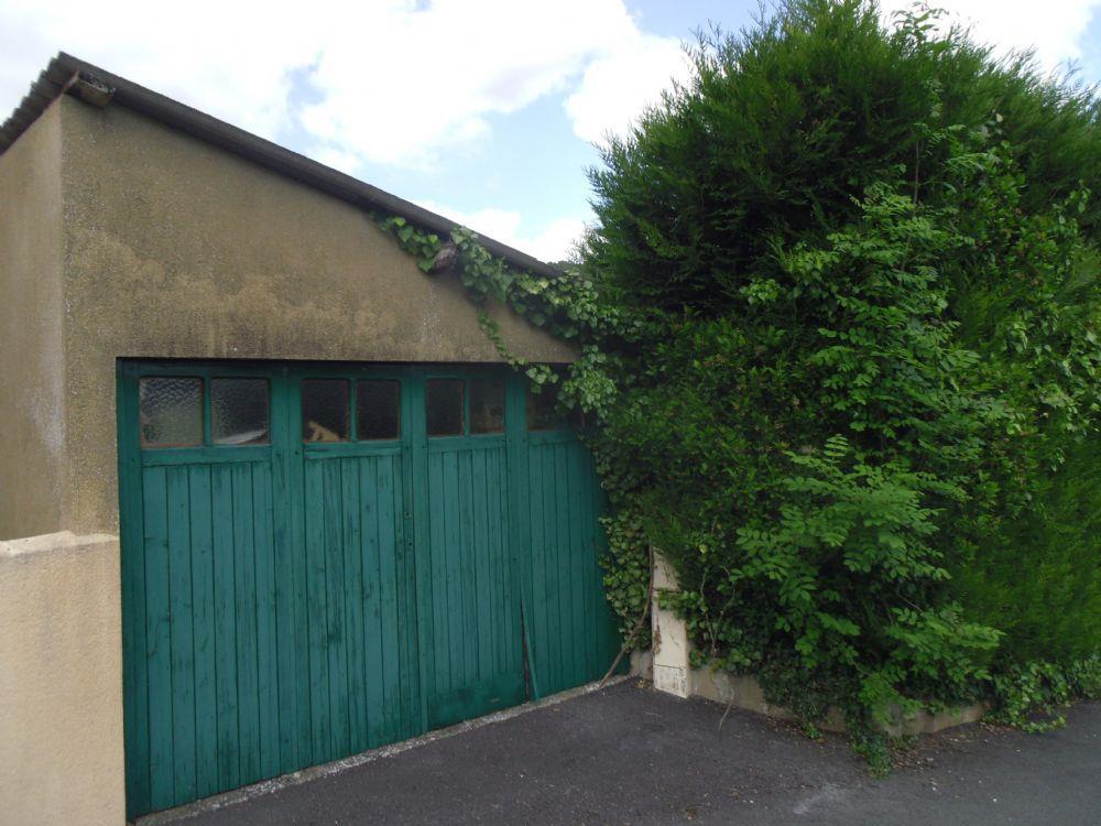 vente maison saint leonard des bois maison avec jardin et dependance a vendre saint leonard. Black Bedroom Furniture Sets. Home Design Ideas