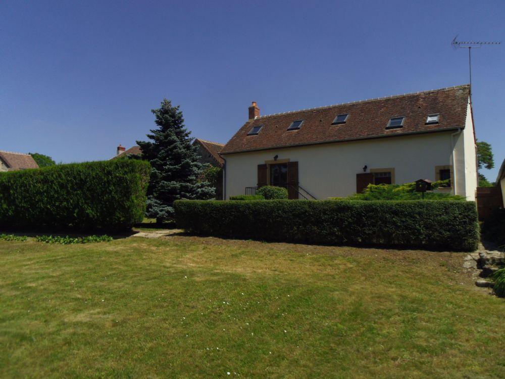 vente maison fye maison en pierre avec dependance et jardin a vendre peripherie de fye. Black Bedroom Furniture Sets. Home Design Ideas