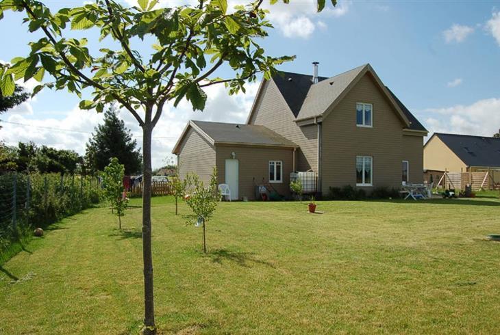 Vente maison beaumont sur sarthe maison en bois a vendre for Budget construction maison 200 000 euros