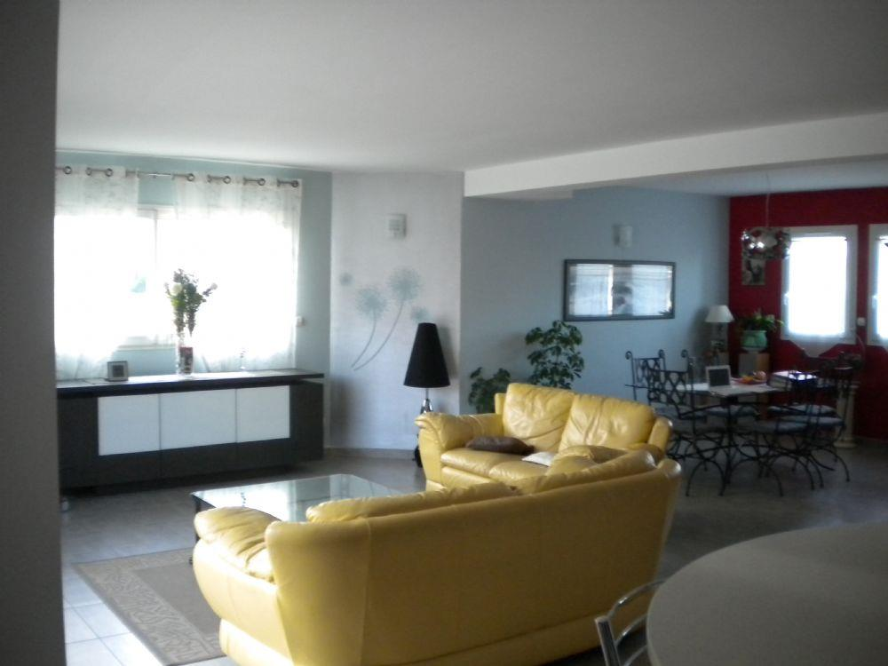 Vente maison le mans maison d 39 architecte a vendre le for Architecte d interieur le mans