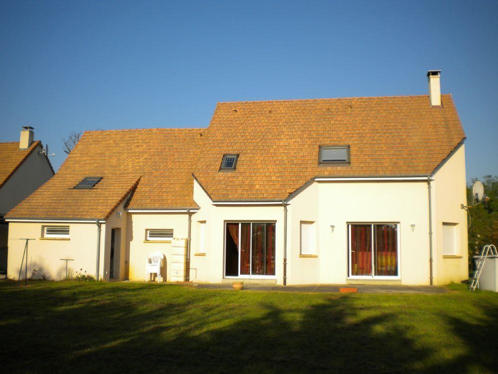 Vente pavillon la bazoge pavillon contemporain a vendre for Pavillon contemporain