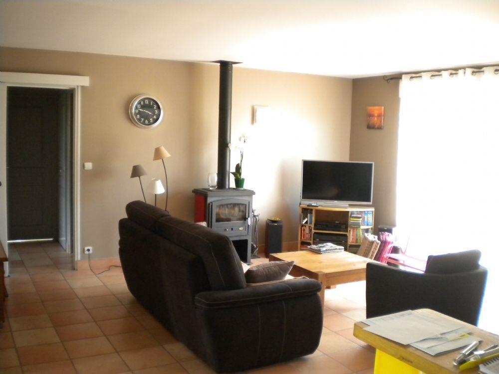 vente pavillon neuville sur sarthe pavillon a vendre proche de neuville sur sarthe. Black Bedroom Furniture Sets. Home Design Ideas